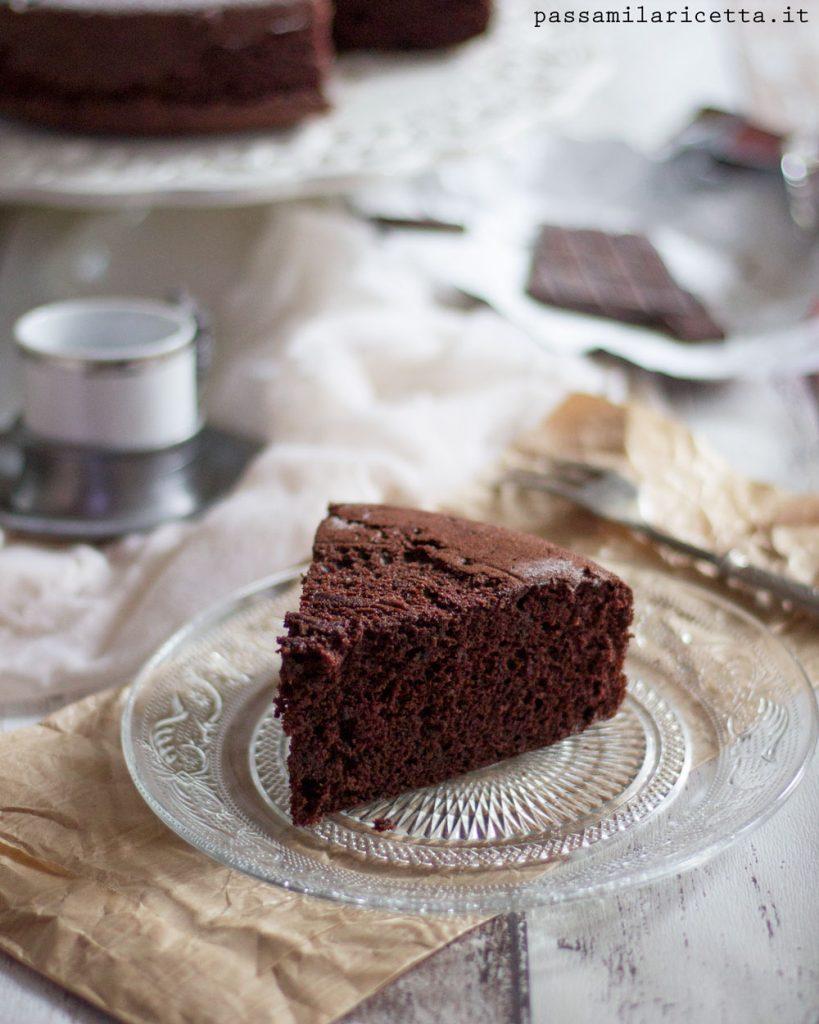 torta al cioccolato con solo albumi nuvola nera