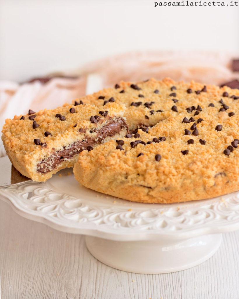 sbriciolata alla nutella con gocce di cioccolato