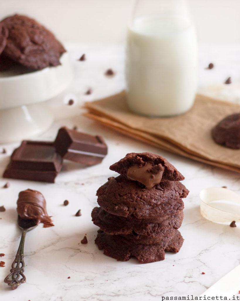 biscotti ripieni di nutella lava cookies