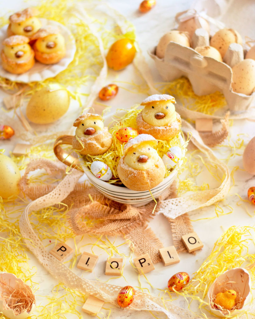 pulcini di bigne alla crema pasticcera per pasqua