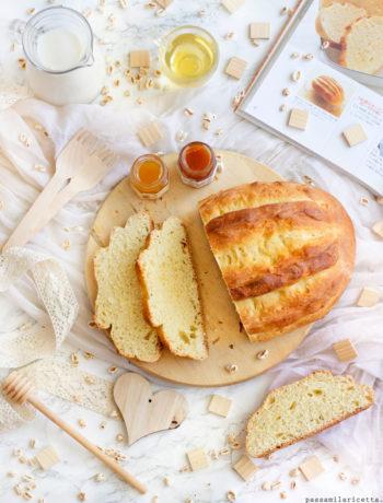 pane dolce allo yogurt e miele per la colazione