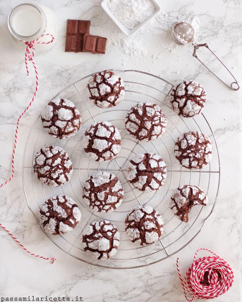 chocolate crinkles biscotti morbidi al cioccolato